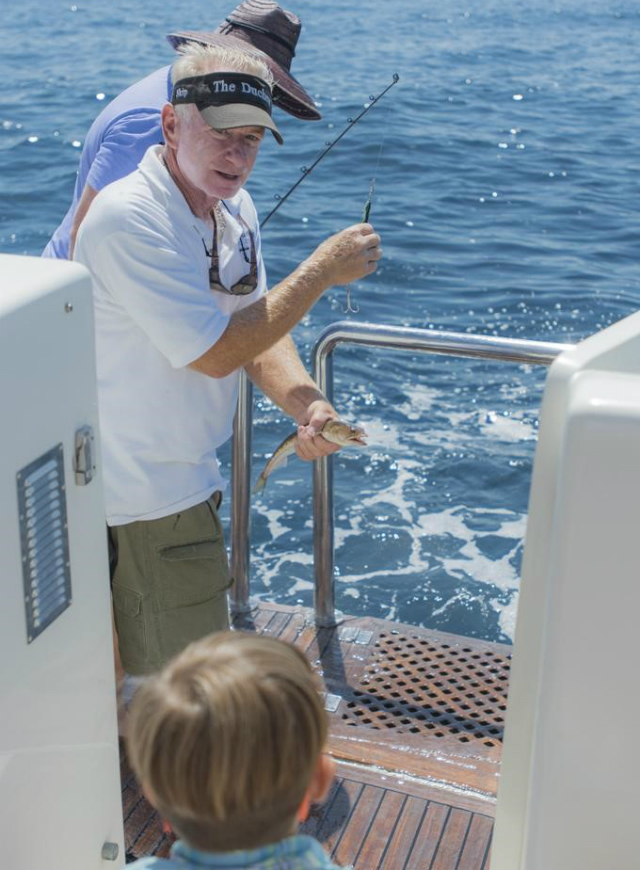 8-Saltwater-fishing-sea640x870.jpg