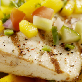 Grilled Fish Recipe With Mango Salsa for Summer Cookouts