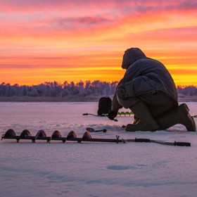 How to Use an Ice Auger for Hard-Water Fishing